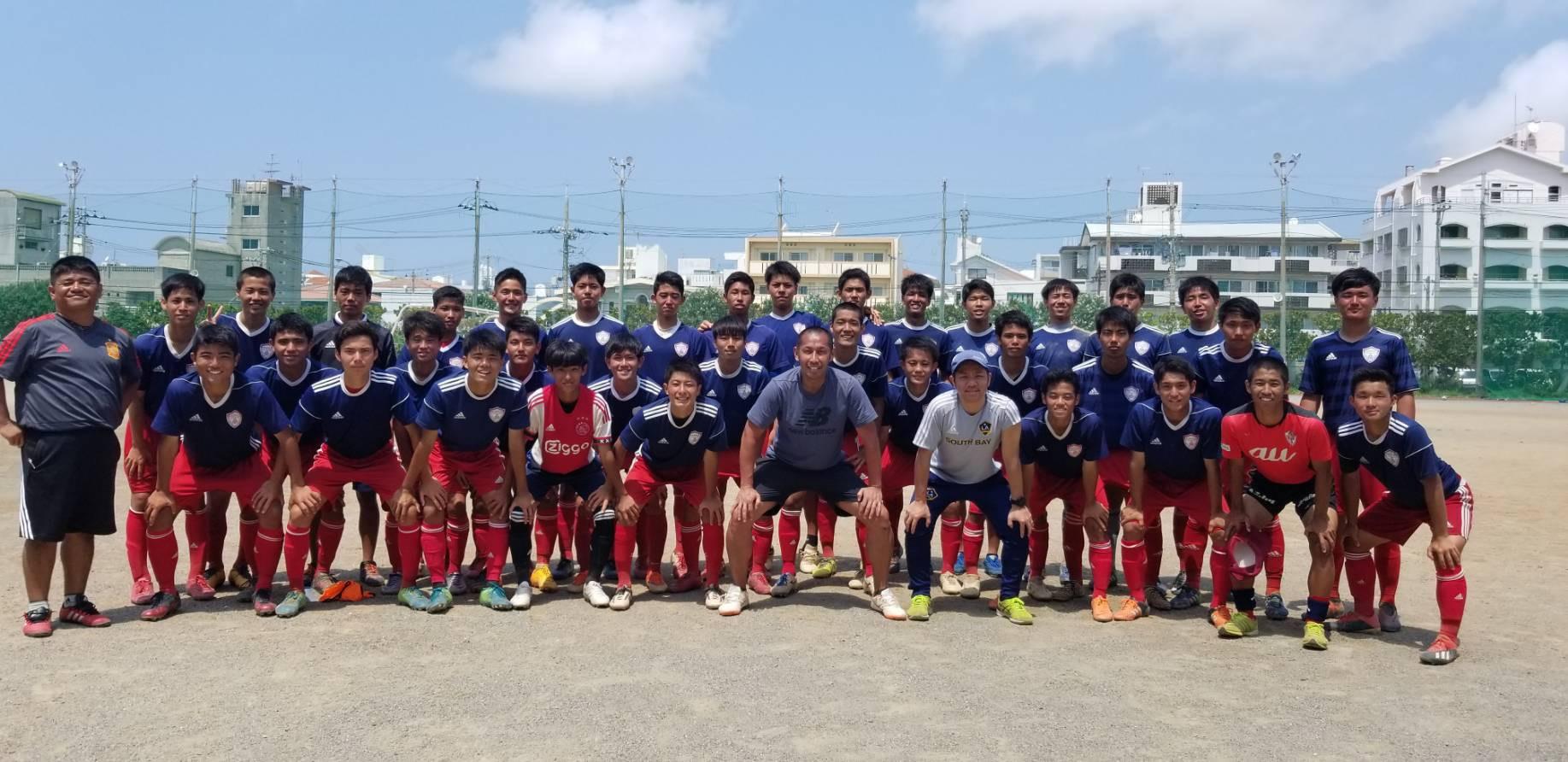 沖縄の強豪、那覇西高校サッカー部にて3日間メンタルトレーニングを行いました。